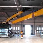 Lyft av travers på Volvo Truckcenter med bil 9
